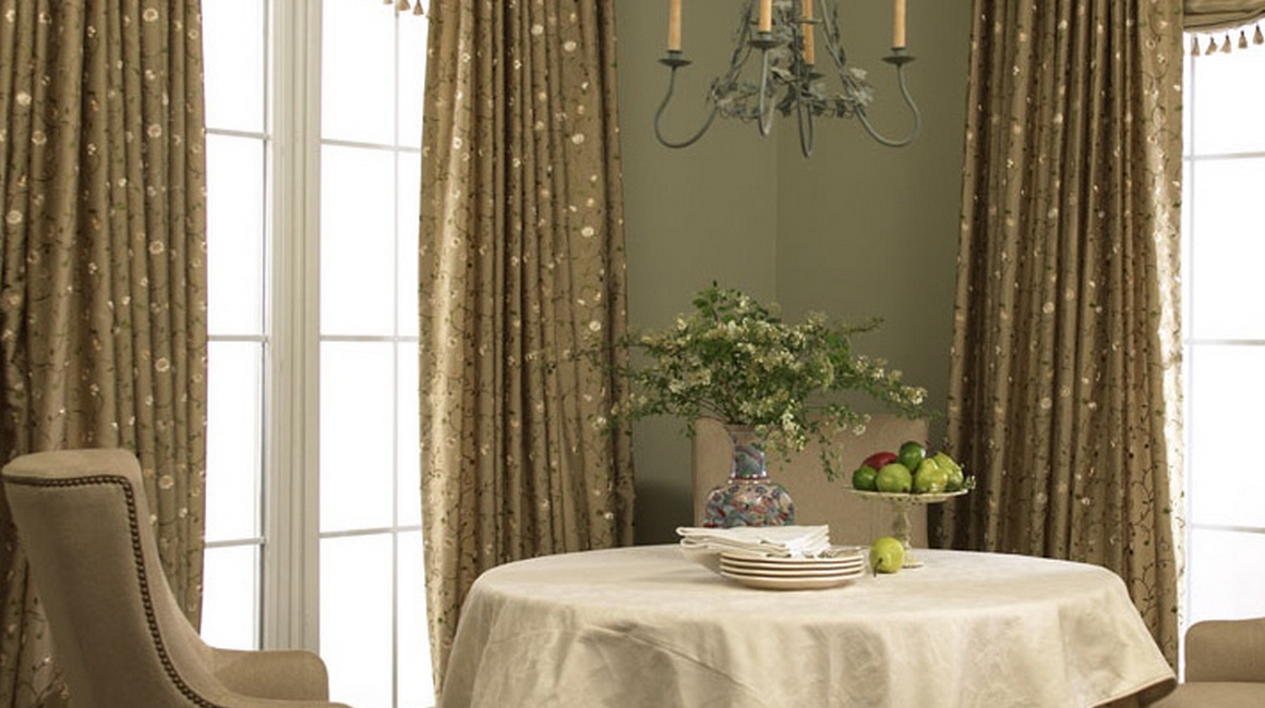 french_pleat_drapery_with_soft_shade